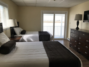 Hampton Beach Pelham Hotel room